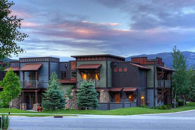 Meadow Village Condominiums